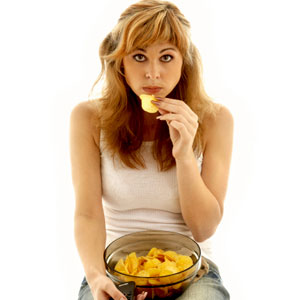girl-eating-chips-1